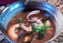 Cioppino (Italian Seafood Stew)