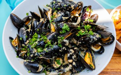 Steamed Mussels with Parsley, Garlic, Celery & Ouzo